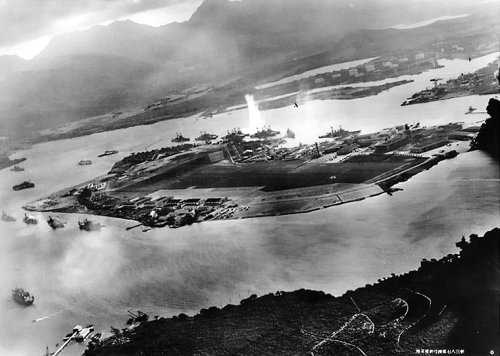 The Okie is struck. Captured Japanese film. US Navy Archives.