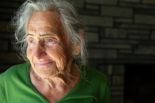 Holocaust Survivor Clara Rudnick in her home, Photo Erica Miller 8/31/10