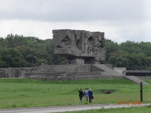 Majdanek.