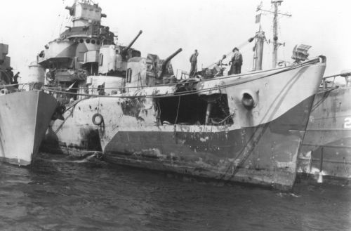 Destroyer Escort USS WITTER undergoing repairs following kamikaze attack. Alvin Peachman collection.