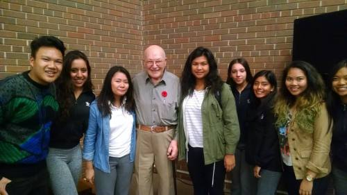 Holocaust survivor Leslie Meisels with Blessed Cardinal Newman Catholic High School students  where they learned about reuniting Holocaust survivors with their American liberators. Photo by Joan Shapero.